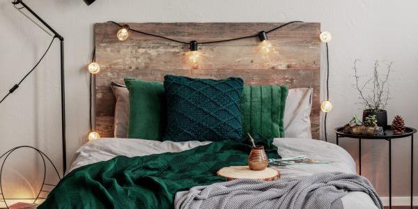 Wpływ pościeli i kolorów w sypialni na sen