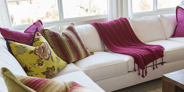 Idealny pokrowiec na sofę